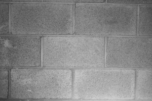 Picture of cinderblock wall in running bond pattern.