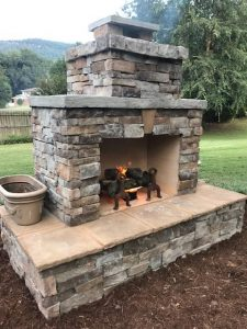 DIY outdoor fireplace veneer fire construction plan